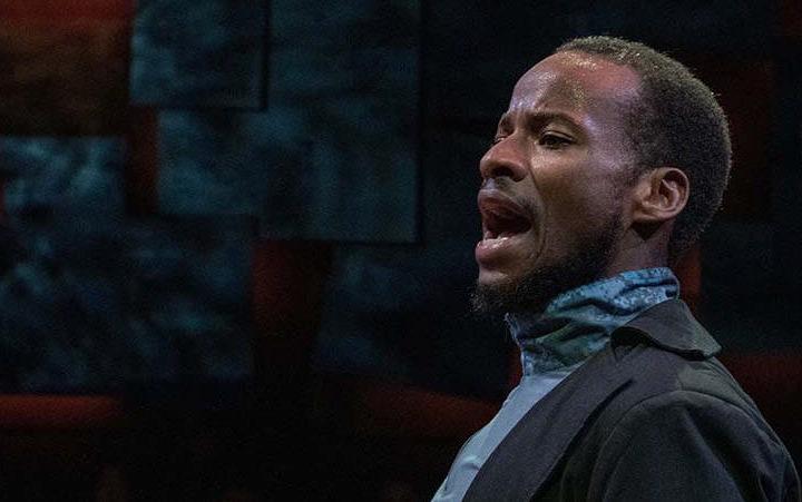Yusef Seevers as Mark Antony